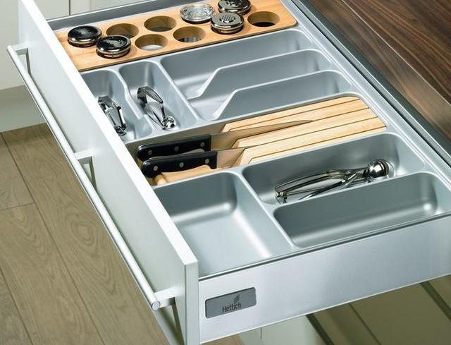1304f76b6c6eb1 Pozwala to na takie zorganizowanie przestrzeni szuflady, aby sztućce i  przybory kuchenne o różnych długościach znalazły swoje najlepsze miejsce.  Wkłady do ...